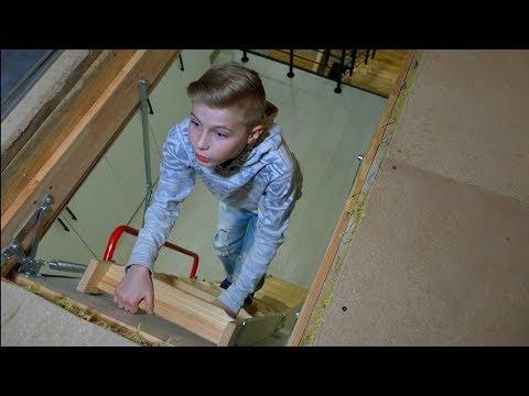 Нашли НЫЧКУ... Что родители прячут от нас на чердаке???What do parents hide from us in the attic ???