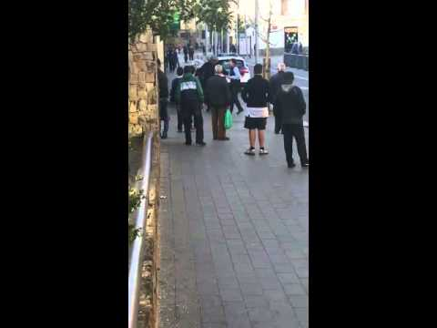 Tiroteo en Santa Coloma de Gramenet con Mossos D'Esquadra heridos 30/3/2016