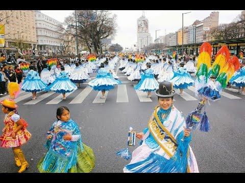 Plaza de Mayo 2014. Entrada folklorica integración Boliviana Argentina.
