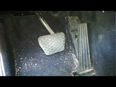 Bmw E46 E38 e39 electronic gas pedal removal DIY 330 540 740