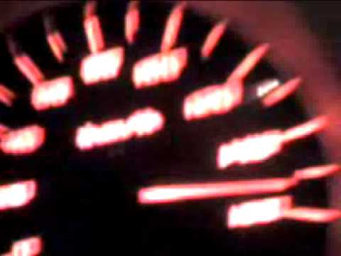 videos de autos quemando goma: