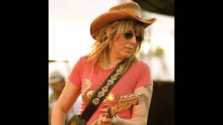 Watch Lucinda Williams Lines Around Your Eyes video