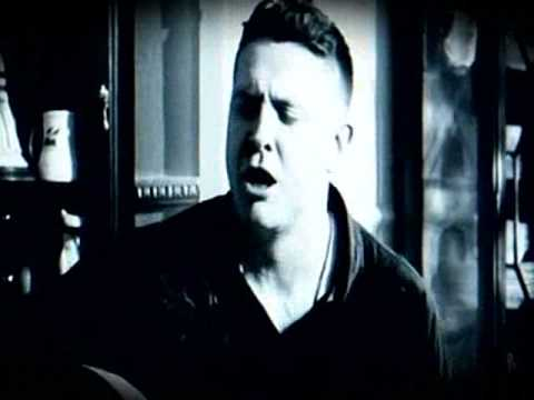 Damien Dempsey - Chase The Light