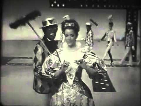 The black white minstrels eight happy minutes youtube for Black and white shows