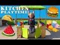 Outdoor Kitchen Playtime Fun!! -