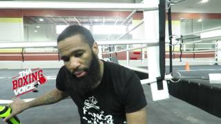 video Mike Jolly talks to King Pete about the Photo's of Danny Garcia faced off with Adrien Broner. Lamont Peterson talks the fight not having the title on the line. BUY THA BOXING VOICE T-SHIRT...