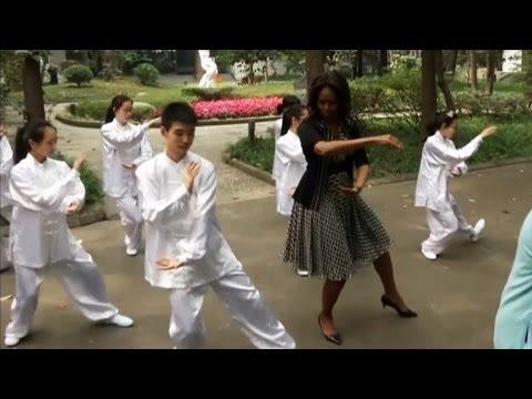 Michelle Obama bailó, brincó y hasta practicó Tai Chi Chuan en su visita a China