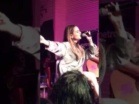 Jojo covers Selena - Dreaming Of You live in Corpus Christi