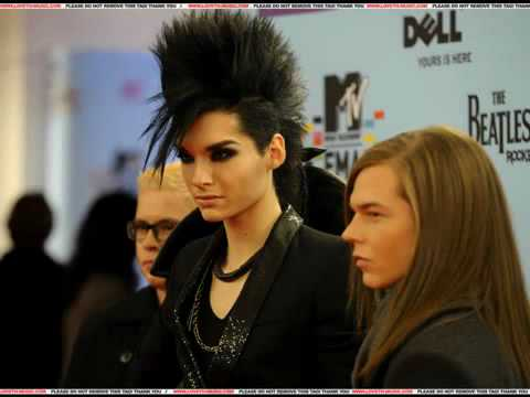 MNM Radio Interview con Bill y Tom Kaulitz 07-01-2010 ESPAÑOL Video