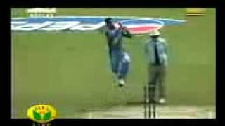 Dhool Madurai Veeran Vs PAK 2003 World Cup.3gp