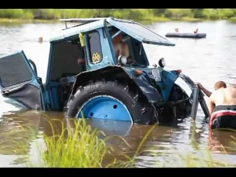 Трактор утонул в реке во время Трофи