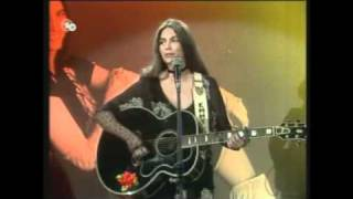 Rose of Cimarron  EMMYLOU HARRIS