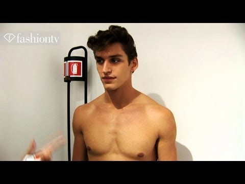 Versace Backstage Ft Sebastian Sauve - Milan Men's Fashion Week Spring 2012 | Fashiontv - Ftv video