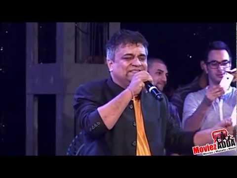 Swanand Kirkire Sings Bawra Maan  IIT Mumbai Cultural Festival...