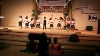 Cute kids dance for Tamil Fusion Song