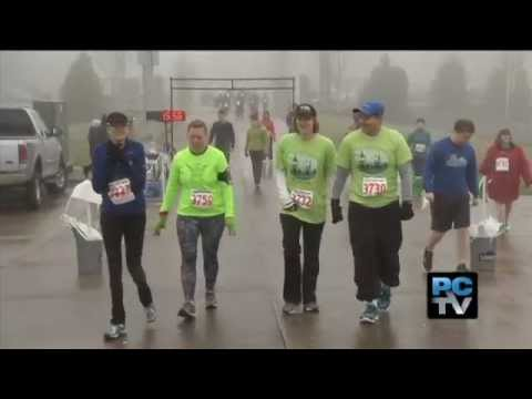 Daughter gets big surprise at Fun Run