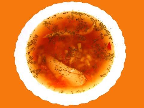 Диетический куриный суп с грибами.