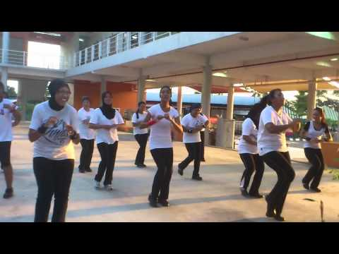 Lina's Aerobic... Memori Daun Pisang....pt 3 video