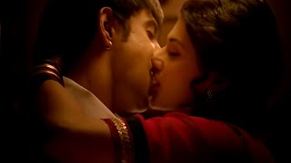 Taapsee Pannu Cute And Romantic Lip Kiss Scene With Amit Sadh From Running Shaadi