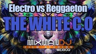 The White C O presenta...