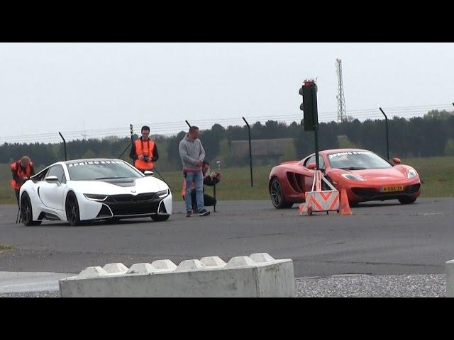 DRAGRACE | BMW i8 vs McLaren MP4-12C vs Ferrari ... - YouTube