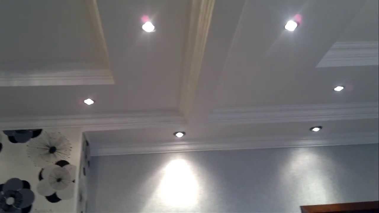 Как разделить натяжной потолок на две зоны