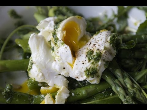 Arugula Salad with Asparagus and Poached Egg  |  Fresh P