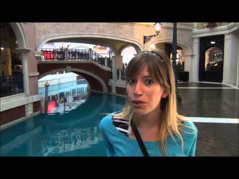 Visiting the Venetian Macao Hotel & Casino in Macau China (澳門威尼斯人度假村酒店)