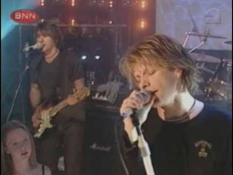 Bon Jovi - Thank You For Loving Me (Top Of The Pops 2000)