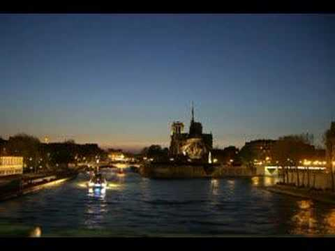 Paris - Photos - Eagles, I Dreamed There Was No War