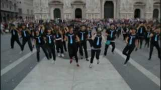 Step Up 4 - Flash Mob Step Up 4 Revolution 3D - Piazza Duomo, Milano