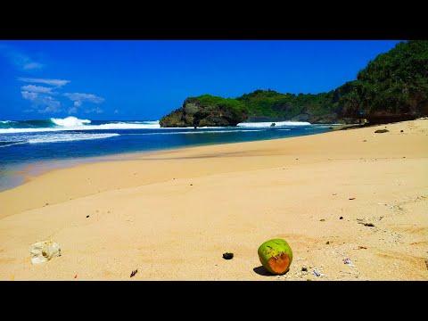 Pantai Kukup  Jawa Tenggah Indonesia (Kukup Beach Central Jawa)
