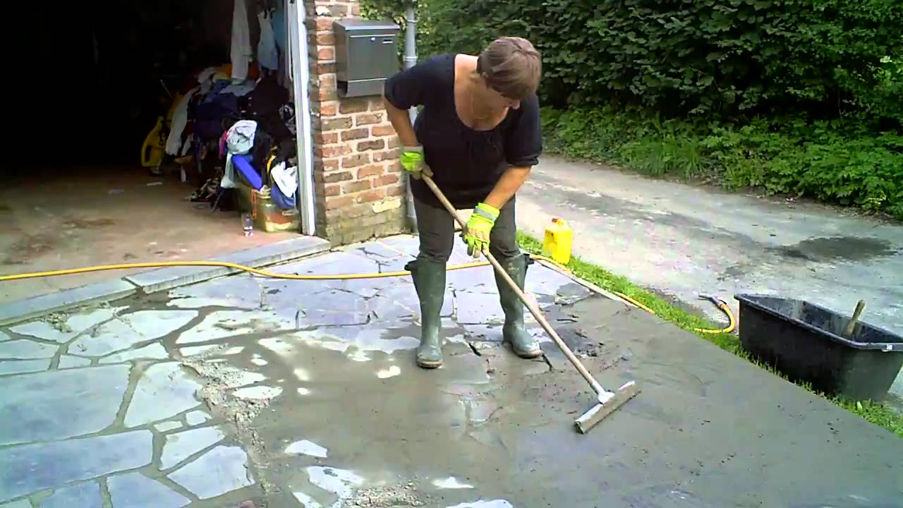 Couler des joints de terrasse youtube - Refaire une terrasse carrelee ...