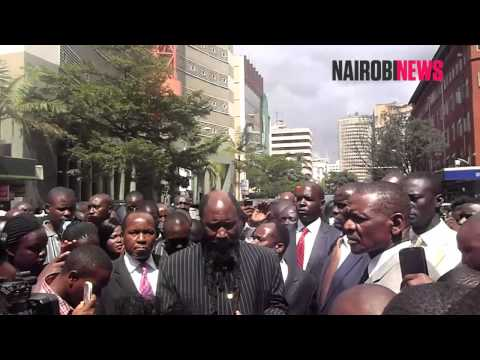 Prophet Owuor attracts huge crowd during shopping errand