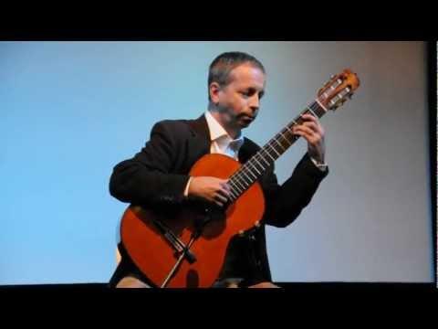 Göran Söllscher plays
