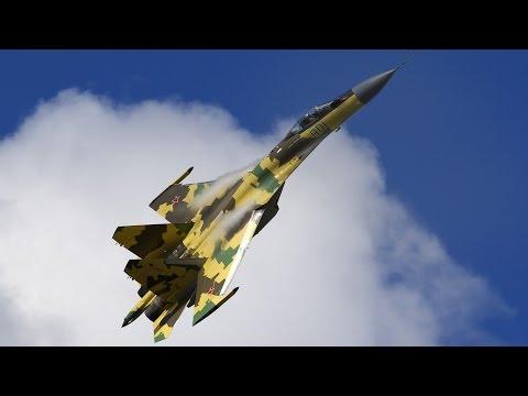 Русское небо - фигуры высшего пилотажа.