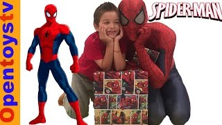 SPIDERMAN FOR KIDS PLAYING WITH SPIDERMAN AND SPIDERMAN TOYS FOR KIDS!