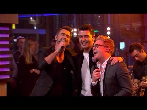 "Schlagertrio KLUBBB3 zingt hit ''Het Leven Danst Sirtaki"" - RTL LATE NIGHT"