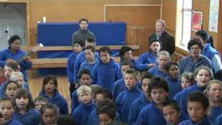 Footprints of Hope: Nuhaka School - The Lord's Prayer.mov