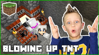 Blowing Up TNT with Karina / Minecraft Realm