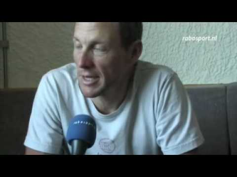 Tour de France: In Lance Armstrong's hotel room, 07/07/10