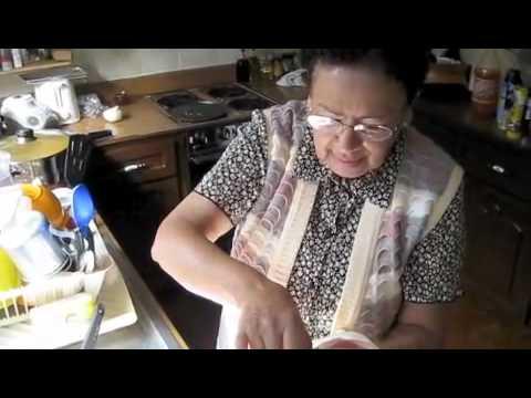 Cocinando con Doña Glorieta!!! La receta secreta del pavo de la abuela!!! 1 de 2