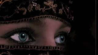 Watch Gipsy Kings Mira La Itana Mora video