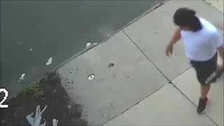 2 Camden, NJ cops shot — Police seek person of interest