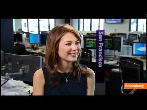 emily chang bloomberg legs - photo #20