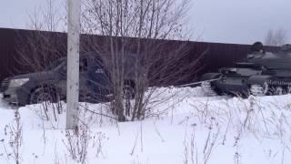 Купил танк: джип застрял - танк вытащил. Часть №1