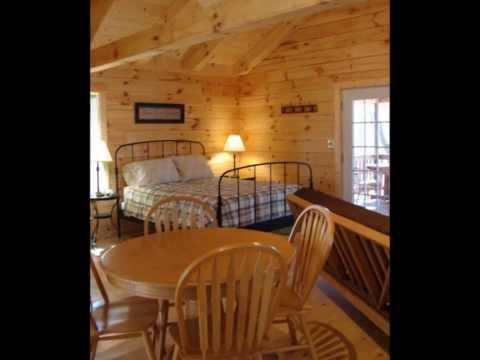 A romantic getaway at hocking hills cabins logan ohio for Little pine cabin hocking hills