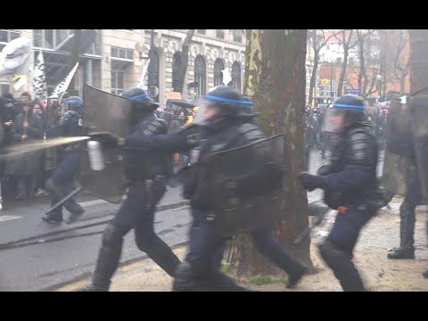Mobilisation lycéenne et étudiante : affrontements avec la police / Paris - 31 mars 2016
