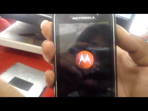 Hard reset Motorola XT303 con audifono facil