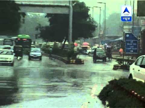 More rain in Delhi spells chaos on city roads ‎